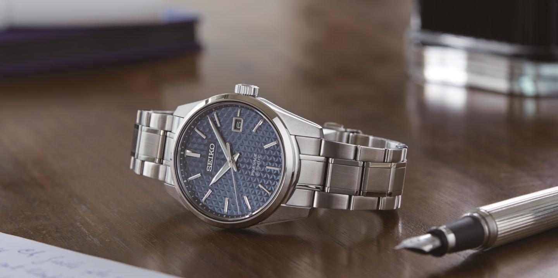 日本の伝統的美意識をモダンな腕時計に。