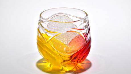 【華硝】沖縄のひかりを感じて…琉球ガラスに切子加工をした「江戸切子」が誕生しました
